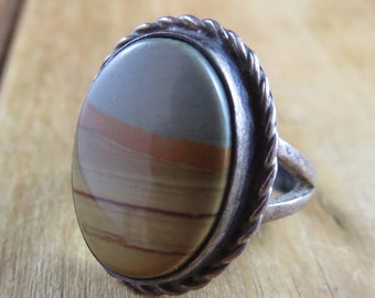 Vintage Southwest Style Ring Size 3 1/2 3.5 Sterling Silver Bespoke Artisan