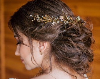 Bridal Hair Vine- Wedding hair vine- Gold leaf hair vine -Long hair vine-Gold Pearl hair vine-Bohemian bridal headpiece-Hair vine for bride