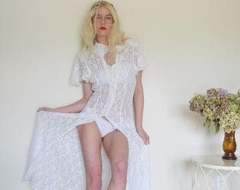 Casper White Lace Vintage Button Dress