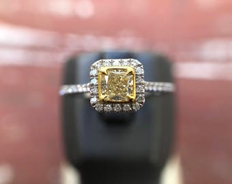 VVS1 0.43ct Radiant Yellow Diamond and 14K White Gold Halo Engagement Ring, 0.68ctw (102446 BKAX)
