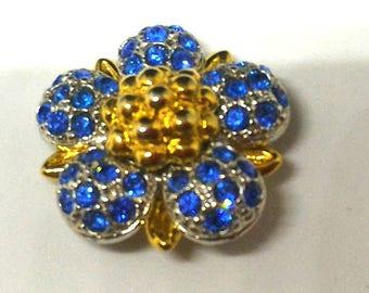 Jewel Flower button