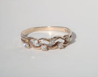 Vintage Wavy Diamonds 14k Gold Band Engagement Ring