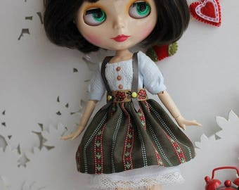 Blythe doll outfit: dress and skirt