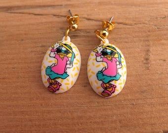 Vintage Daisy Duck Earrings - White Plastic 1980s Earrings With Colourful Daisy Duck Design, Vintage Disney Earrings, Pierced Earrings