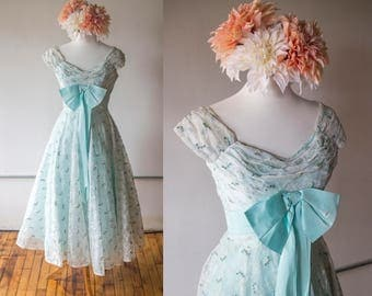 SALE - Vintage 1950s Light Blue Floral Embroidered Prom Wedding Tulle Dress - Made by Doops
