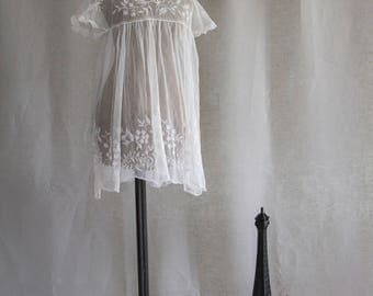 Vintage Christening Gown P0867