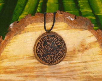 "Soul slices ""dove of peace"" wooden necklace, Vintage * Ethno * hippie * MUST have * statement *"