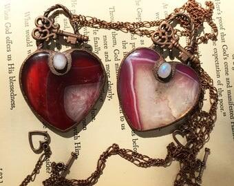 Heart Necklace Set, Lesbian Wedding Gift, Agate Heart Necklace, Key To My Heart Necklace, Crystal Bridal Necklace, Heart Necklace Couple Set