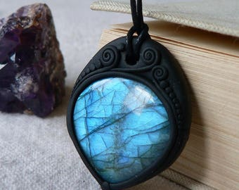 Blue Labradorite Pendant Necklace
