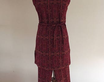 Late 1960 - Early 1970's Vintage ACT III Cranberry/Black/Gold Metallic Knit Tunic/Matching Pants