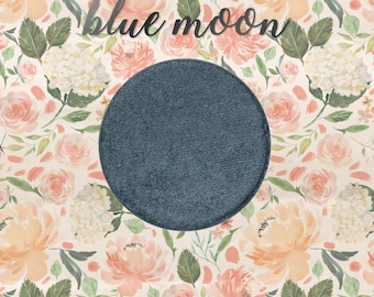 Blue Moon, 26 mm single pan eyeshadow, shimmer slate blue-grey