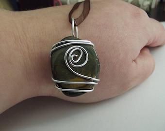 Labradorite wire wrapped gemstone pendant