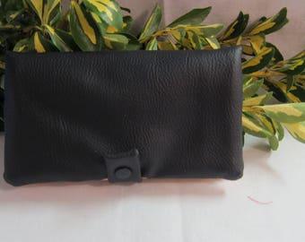 Door - checkbook / protects fabric checkbook