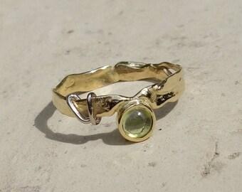 Ring 18 K gold, peridot ring, ring white gold two-tone ring gemstone ring gold tone Sequin, unique ring, designer ring.