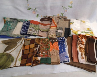Selection of 1960/70's Ladies Head / Neck Scarves