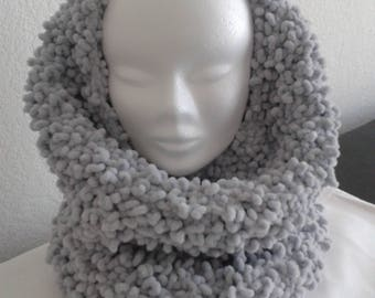 SNOOD or turtleneck wool