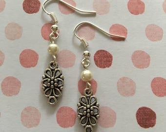 Pearl filigree earrings