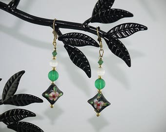Chinese green and black and White Pearl EARRINGS