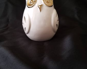 White & Gold Owl Sachet. Amber Saffron Scent. Potpourri Sachet. Sachet Holder. Ceramic Owl. Owl Decor. High Fragrance Ceramic
