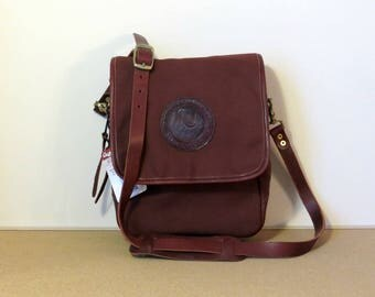 Vertical Canvas Leather Messenger Bag Leather Adjustable Strap Beautiful Oxblood Brass Hardware Occidental Leather iPad Tablet Carry Case