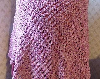 Crocheted poncho, silk majority