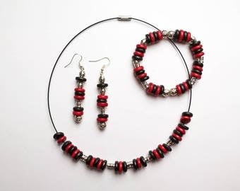 collier, bracelet, boucles d'oreille, parure * bois et métal