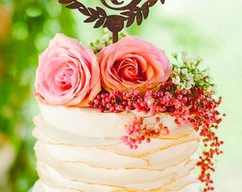 Wedding Cake Topper B Custom Initial Cake Topper Gold Monogram Wreath Cake Topper Wedding Decor Personalized Wood Cake Topper V C Z letter B
