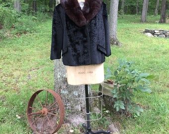 Vintage fur peacoat with mine collar