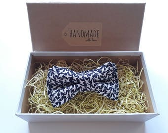 Handmade White Birds Animals Blue Bow Tie, Pocket Square / Boy's Bow Ties / Men's Bow Tie / Suited Pocket Square Boy's / Groomsmen Pack