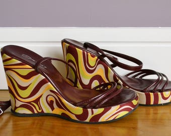 1960s Funky Wedges / Psychedelic Wedges / 60s Heels / 1970s Wedges / Red 60s Wedges / High Heels / Ladies 60s Heels / Gift for Her