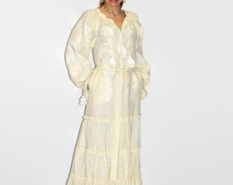 Embroidered ukrainian dresses ivory vyshyvanka dress woman boho kaftan maxi abaya long robe front open bohemian clothing oversized trapeze