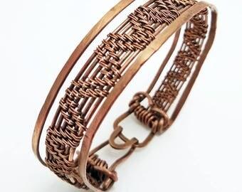 Woman / man copper bracelet, Milan, Italy, Wire Wrapped pendant / wire wrapped jewelry / Boho bohemian jewelry /