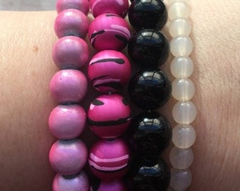 4 Stackable Beaded Bracelets: Cream, Black, Hot Pink and Metallic Rose Pink