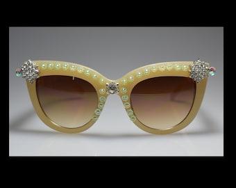 One Of A Kind, Beige, Rhinestone Bling, sunglasses