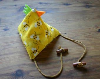 Yellow hen