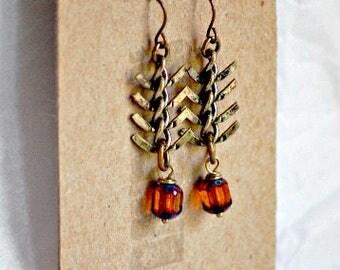 Fish Tail, Fish Bone, Herringbone, Antiqued Metal Links Earrings with Faceted Bohemian Honey Glass, Blue Tipped Drops, Autumn, Fall Colors