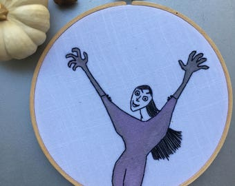 Grand High Witch  - hand drawn, painted and embroidered Roald Dahl's The Witches inspired hoop art wall hanging #witchaday 10/31