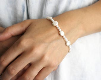 Coin Pearl Bracelet . White Freshwater Pearl Bridal Bracelet . Pearl Bracelet for Wedding . White Pearl Bracelet Bead - Decca Collection NEW