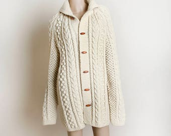 Vintage Oversize Chunky Sweater - Cable Knit Extra Long Sleeve Cardigan Sweater - Cream Beige - Wood Button - Medium