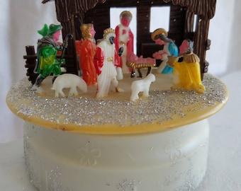Vintage Nativity Scene, Music Box, Rotating, Plays Silent Night, Plastic Novelty Nativity