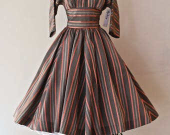 STRIPED SOPHISTICATE 1950's Taffeta Party Dress With Grey and Coral Stripes ~ Vintage 50s New Look Era Cocktail Dress With Full Circle Skirt