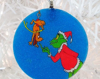 Grinch glass and glitter ornament
