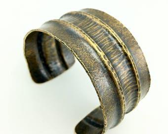 Brass cuff bracelet - wide cuff bracelet - brass jewelry - original - cuff bracelet - handmade jewelry - artisan jewelry