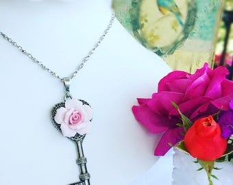 Key Necklace - Victorian - Statement Necklace - Romantic - KEY to ROMANCE
