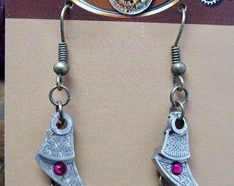 Steampunk Jewelry - Precious Time  - Steampunk Earrings - Repurposed art