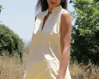 Chinese collar tunic  XL - XXL / Cotton tunic/ plus size /oversize tunic/banana color tunic/ sleeveless tunic / Boho chic / oversize