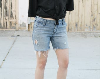 Gap 1969 cuttoff shorts