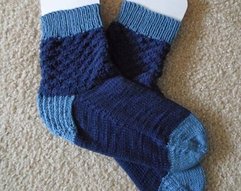 Socks - Handknitted Socks - Unisex - Size Large 9-10 US / 41/42 EU - Colors Navy Blue and Light Blue