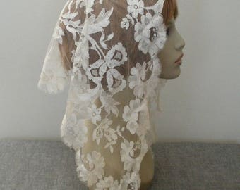 Vintage Ivory Lace Mantilla - Church Head Covering