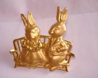 Rabbit  Brooch Rhinestone Gold Tone